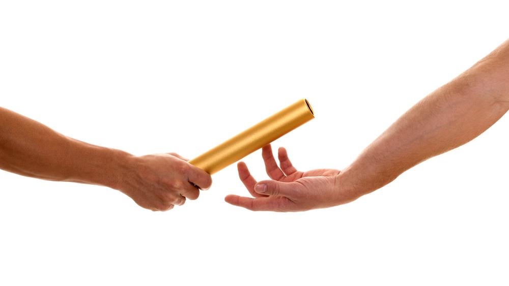 Эстафетная палочка своими руками 33